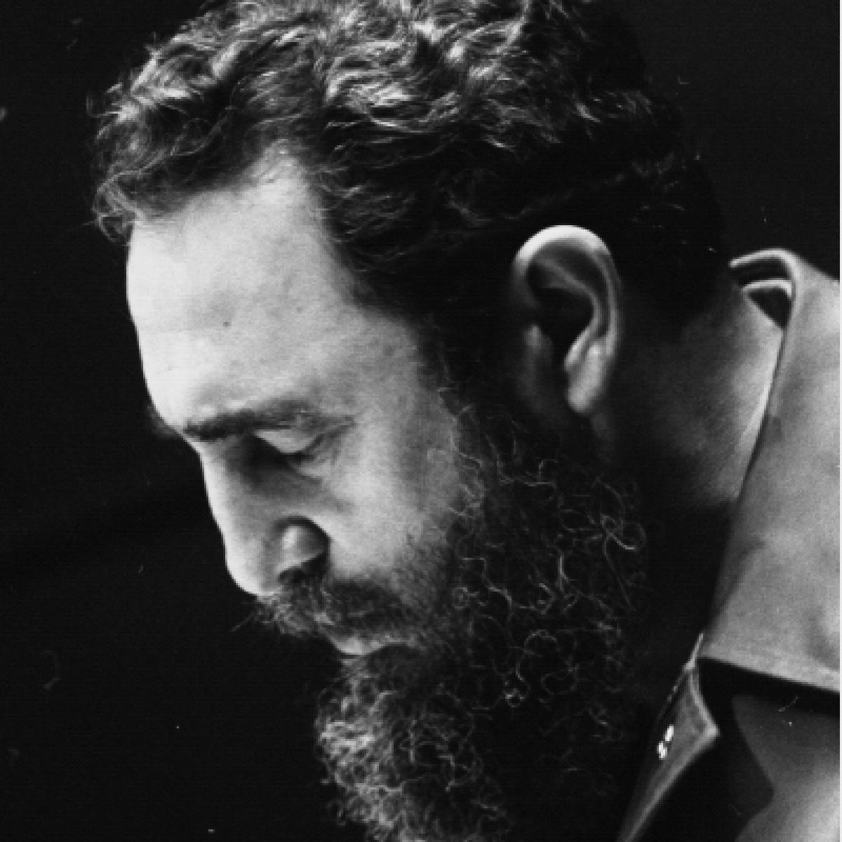 फिदेल कास्त्रो : एक क्रांतिकारी जीवन का उत्सव