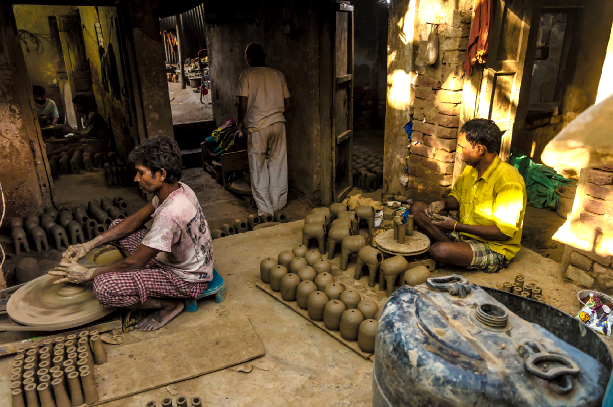 They Make the Diyas, But Their Homes Remain Dark on Diwali