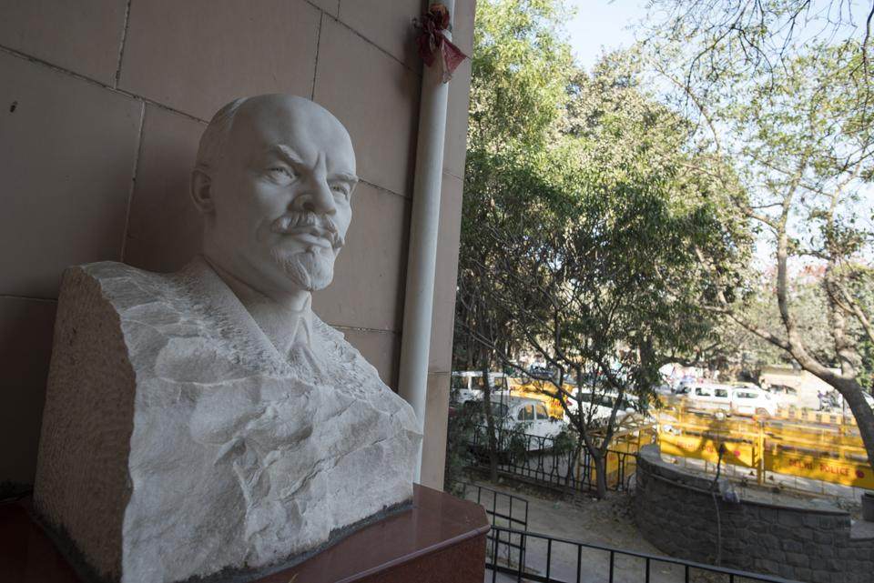Lenin in 1917, Russia; Lenin in 2018, India