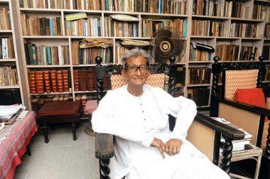 Economist Ashok Mitra Dies on Mayday