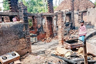 Muslims donate to rebuild Hindu homes gutted in accidental fire