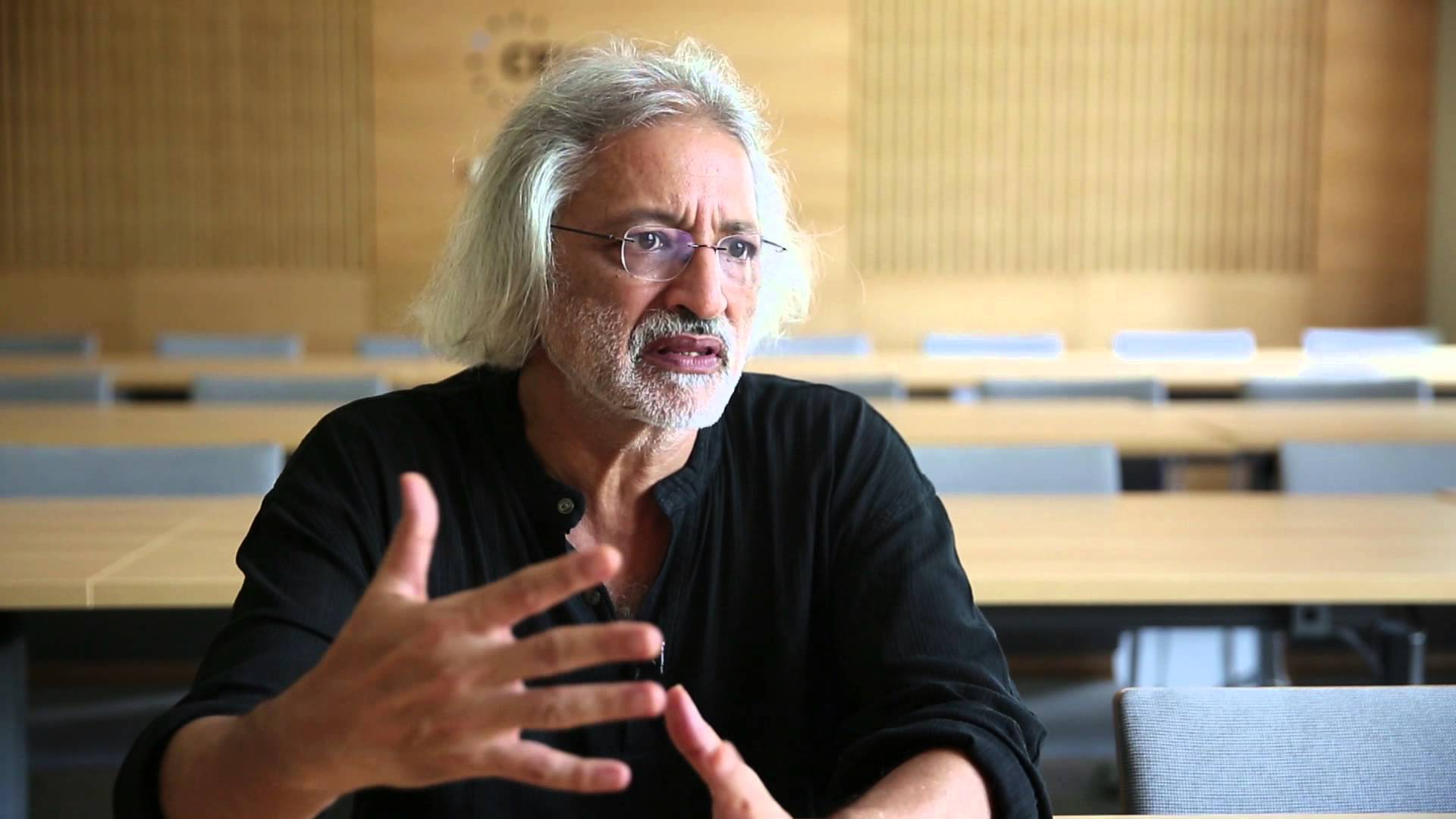 Kerala HC Gives Go-Ahead for Screening Anand Patwardhan's Film in Kerala Festival