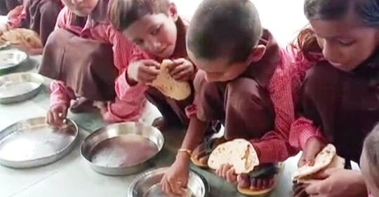 NHRC notice to UP government over rotis, salt being served as midday meal to school students