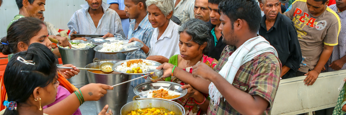 SC seeks reply from states, UTs on setting up of community kitchens to combat hunger