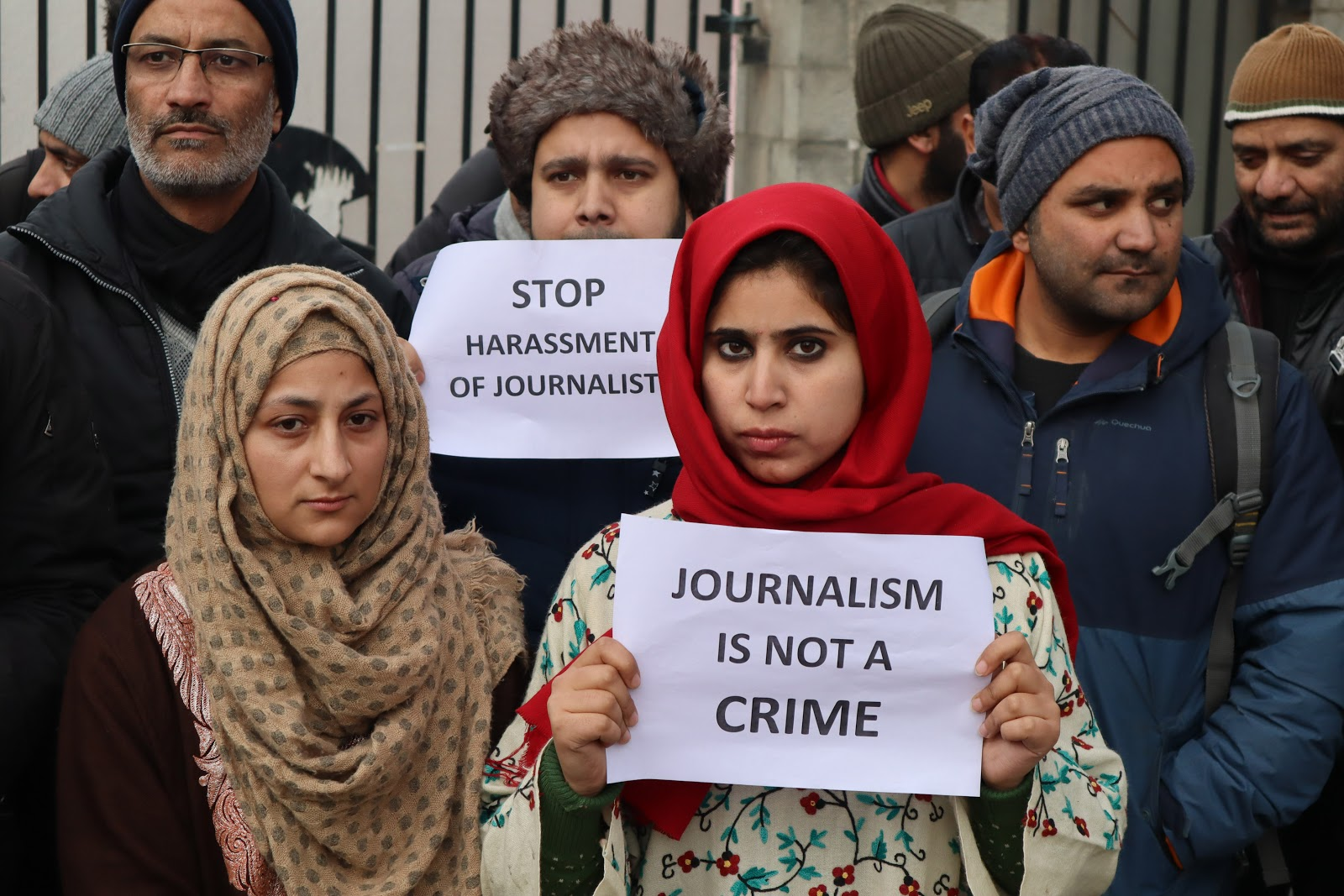 CAA protests: Srinagar journalists protest police action against colleagues