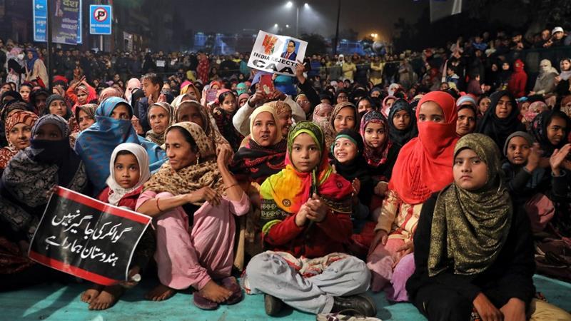 """शाहीन बाग़ की महिलाओं ने कहा, """"गृह मंत्री जी भारत माता को करेंट लगाने की बात कर रहे हैं!"""""""