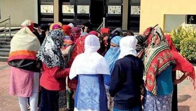 Mallika Sarabhai, others protest 'sexual harassment' in Bhuj Swaminarayan institute