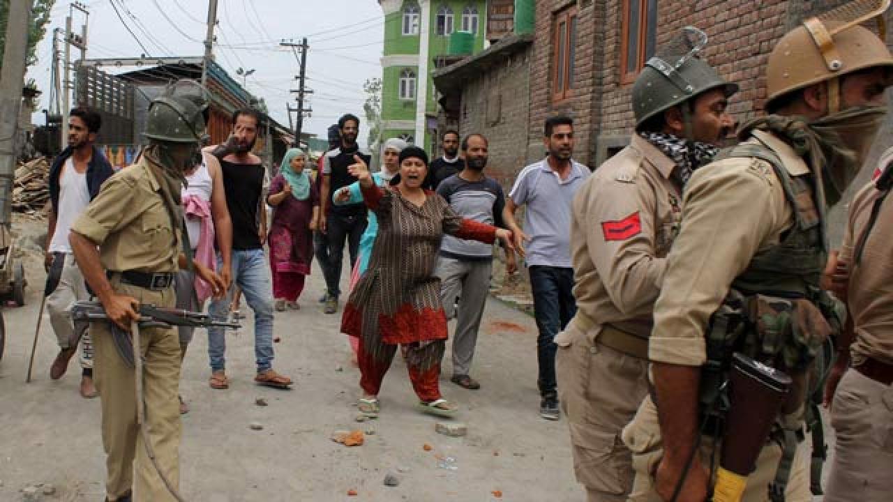 Kashmiris allege army thrashed them for using VPNs