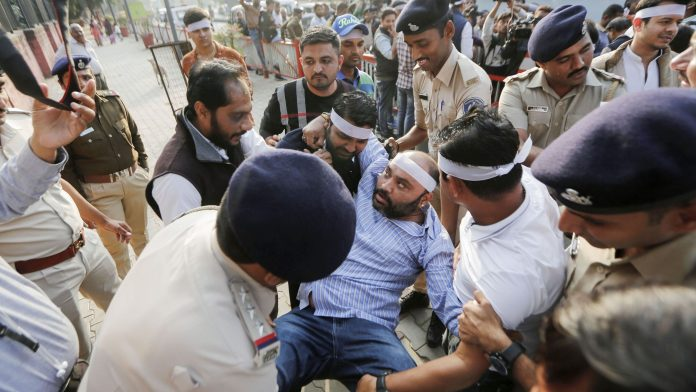 Call for economic boycott of Muslims in the wake of CAA-NRC-NPR protests in Kutch